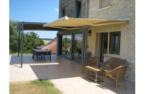 Store banne terrasse Figari Franciaflex