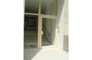 Porte d'entrée alu TECHNAL Titane